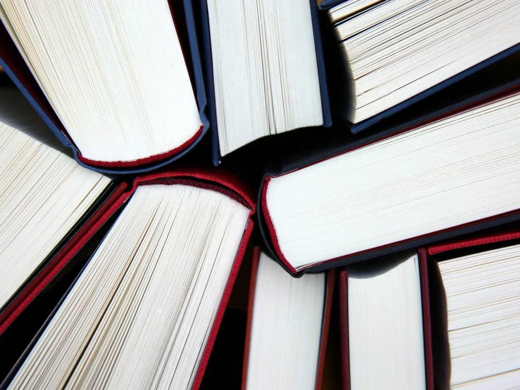Numerous books, Image by <a href=